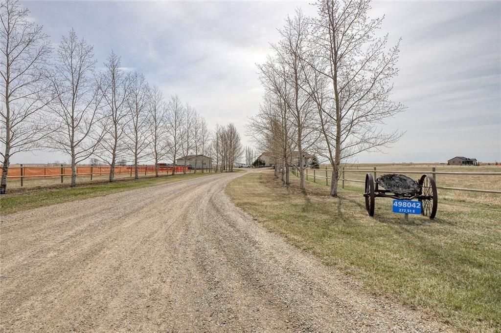 Main Photo: 272 RD: Blackie Detached for sale : MLS®# C4305912