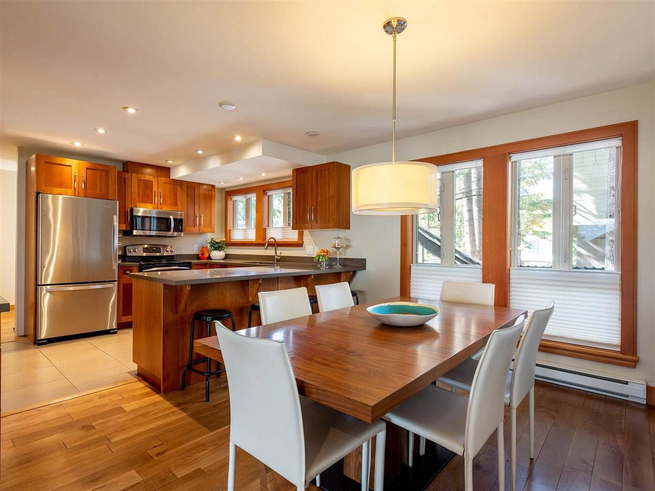 """Main Photo: 21 6125 EAGLE Drive in Whistler: Whistler Cay Heights Townhouse for sale in """"Smoketree"""" : MLS®# R2597965"""