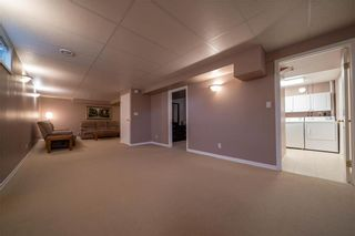 Photo 16: 375 RUTLEDGE Crescent in Winnipeg: Harbour View South Residential for sale (3J)  : MLS®# 1930990