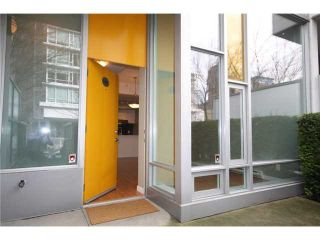 Photo 13: 688 CITADEL PARADE in Vancouver: Downtown VW Townhouse for sale (Vancouver West)  : MLS®# V1047905