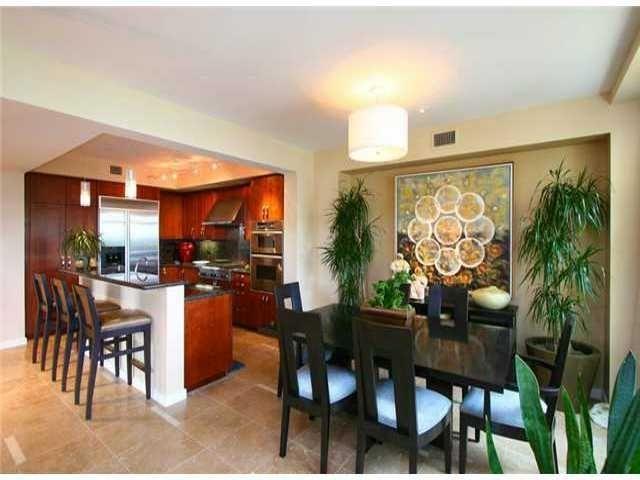 Main Photo: Residential Rental for rent : 3 bedrooms : 5480 La Jolla in La Jolla