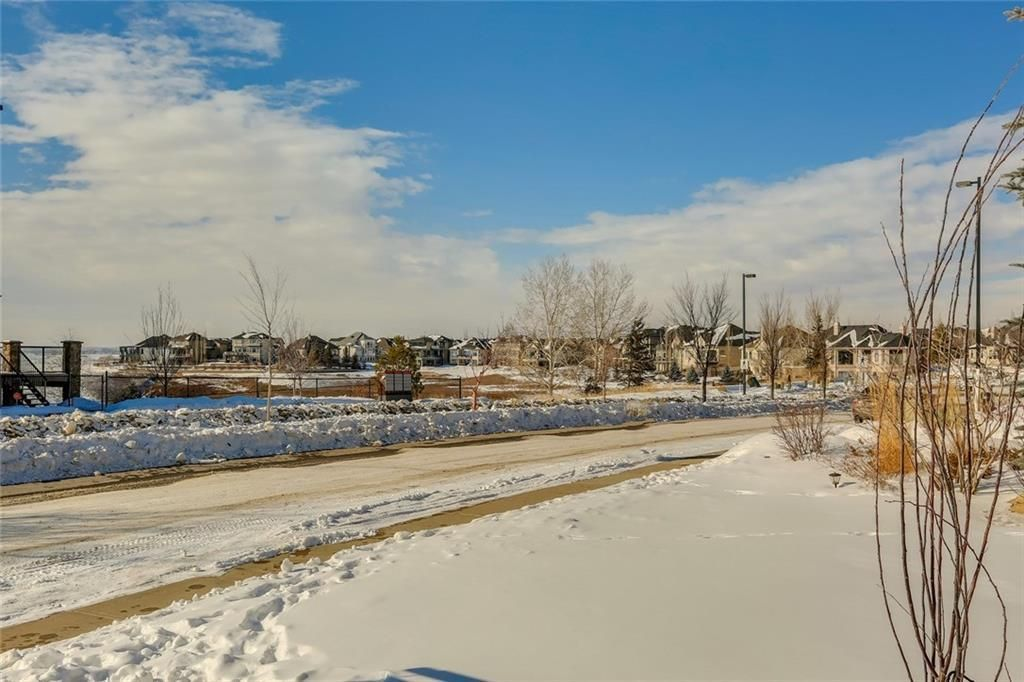 Main Photo: 122 CRANLEIGH Way SE in Calgary: Cranston Detached for sale : MLS®# C4232110