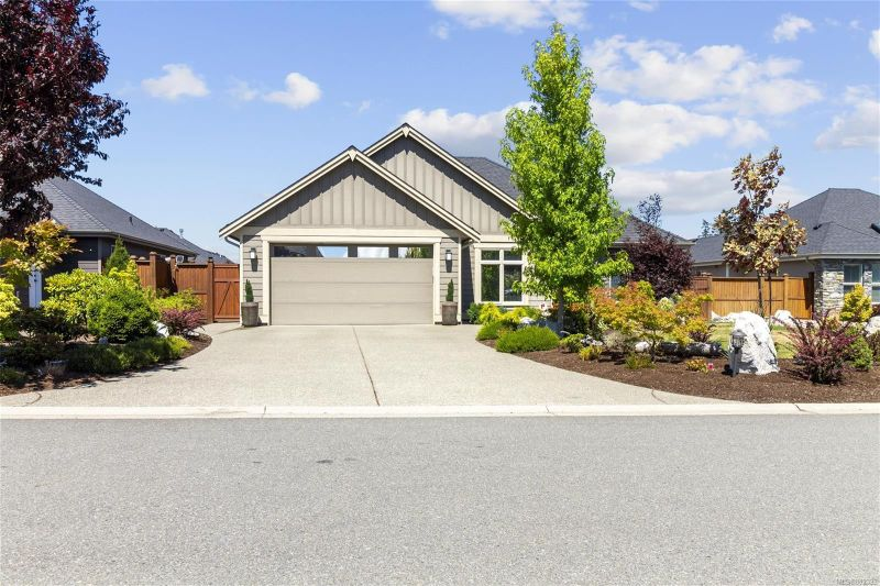 FEATURED LISTING: 1071 Blue Water Pl