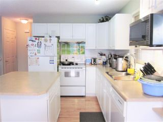 Photo 4: 3 13403 CUMBERLAND Road in Edmonton: Zone 27 House Half Duplex for sale : MLS®# E4235897