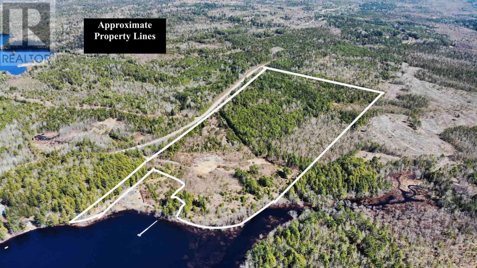 Main Photo: acreage 930 Road in Buckfield: Vacant Land for sale : MLS®# 202108244