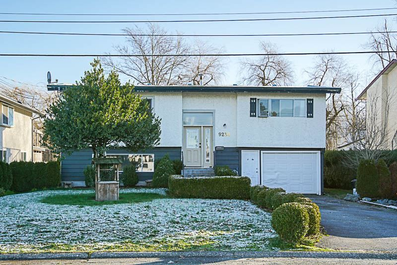 Main Photo: 9234 JAMES Street in Chilliwack: Chilliwack E Young-Yale House for sale : MLS®# R2228850