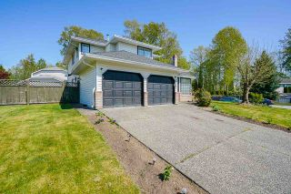 Photo 3: 14107 87A Avenue in Surrey: Bear Creek Green Timbers House for sale : MLS®# R2570066