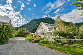 Photo 3: 37281 HAWKINS PICKLE ROAD in Mission: Dewdney Deroche House for sale : MLS®# R2079544