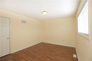 Photo 3: 672 Edwards Avenue in Milton: Beaty House (2-Storey) for sale : MLS®# W3431863