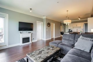 """Photo 11: 302 20630 DOUGLAS Crescent in Langley: Langley City Condo for sale in """"Blu"""" : MLS®# R2585510"""
