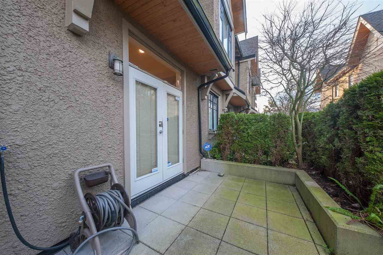 Photo 11: Photos: 991 W 38TH AVENUE in Vancouver: Cambie Townhouse for sale (Vancouver West)  : MLS®# R2350357