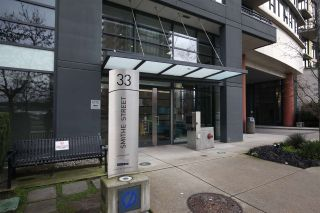 "Photo 1: 606 33 SMITHE Street in Vancouver: Yaletown Condo for sale in ""Coopers Lookout"" (Vancouver West)  : MLS®# R2440133"
