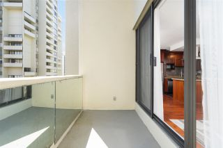 """Photo 11: 704 4200 MAYBERRY Street in Burnaby: Metrotown Condo for sale in """"TIMES SQUARE"""" (Burnaby South)  : MLS®# R2573278"""