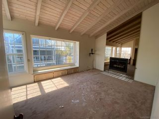 Photo 6: MISSION BEACH House for sale : 3 bedrooms : 719 Seagirt Ct in San Diego