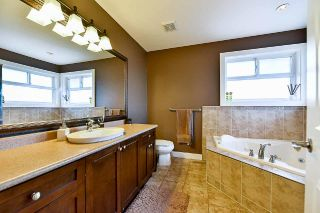 Photo 9: 20334 98A Avenue in Langley: Walnut Grove House for sale : MLS®# R2184536