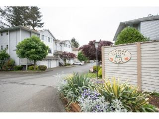 "Photo 2: 27 3087 IMMEL Street in Abbotsford: Central Abbotsford Townhouse for sale in ""Clayburn Estates"" : MLS®# R2065106"