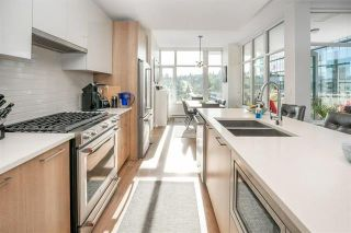 Photo 12: 704 258 Nelsons Court in New Westminster: Sapperton Condo for sale : MLS®# R2587815