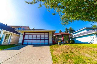 Photo 19: 12051 85A AVENUE in Surrey: Queen Mary Park Surrey House for sale : MLS®# R2506865
