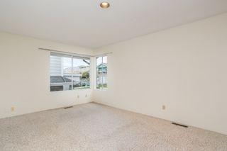 Photo 9: 15187 ROYAL Avenue: White Rock House for sale (South Surrey White Rock)  : MLS®# R2451668