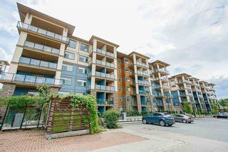 "Photo 3: 114 20673 78 Avenue in Langley: Willoughby Heights Condo for sale in ""The Grayson"" : MLS®# R2538735"
