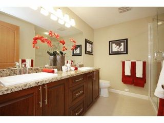 """Photo 5: 401 8328 207A Street in Langley: Willoughby Heights Condo for sale in """"Yorkson Creek"""" : MLS®# R2230588"""