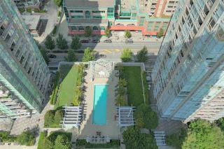 "Photo 11: 3001 2975 ATLANTIC Avenue in Coquitlam: North Coquitlam Condo for sale in ""GRAND CENTRAL 3"" : MLS®# R2477378"