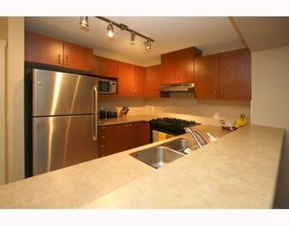 Photo 2: 404 9283 GOVERNMENT Street in Burnaby: Government Road Condo for sale (Burnaby North)  : MLS®# V805967