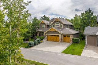 Photo 32: 10 Wentwillow Lane SW in Calgary: West Springs Detached for sale : MLS®# C4294471