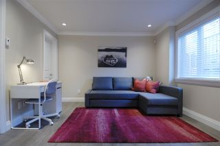 Photo 11: 531-533 E 11TH Avenue in Vancouver: Mount Pleasant VE 1/2 Duplex for sale (Vancouver East)  : MLS®# R2366074