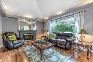 """Photo 4: 13139 19 Avenue in Surrey: Crescent Bch Ocean Pk. House for sale in """"Hampstead Heath"""" (South Surrey White Rock)  : MLS®# R2508715"""