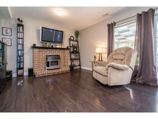 """Photo 12: 6132 185A Street in Surrey: Cloverdale BC House for sale in """"Eagle Crest"""" (Cloverdale)  : MLS®# R2204506"""