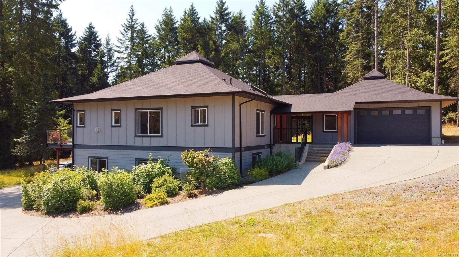 Main Photo: 4271 Cherry Point Close in : ML Cobble Hill House for sale (Malahat & Area)  : MLS®# 881795