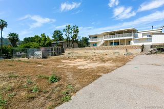 Photo 30: LAKESIDE House for sale : 3 bedrooms : 9111 Paradise Park Dr