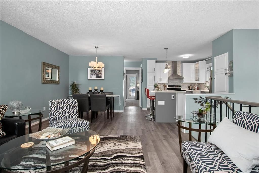 Photo 4: Photos: 57 Maitland Drive in Winnipeg: River Park South Residential for sale (2F)  : MLS®# 202116351