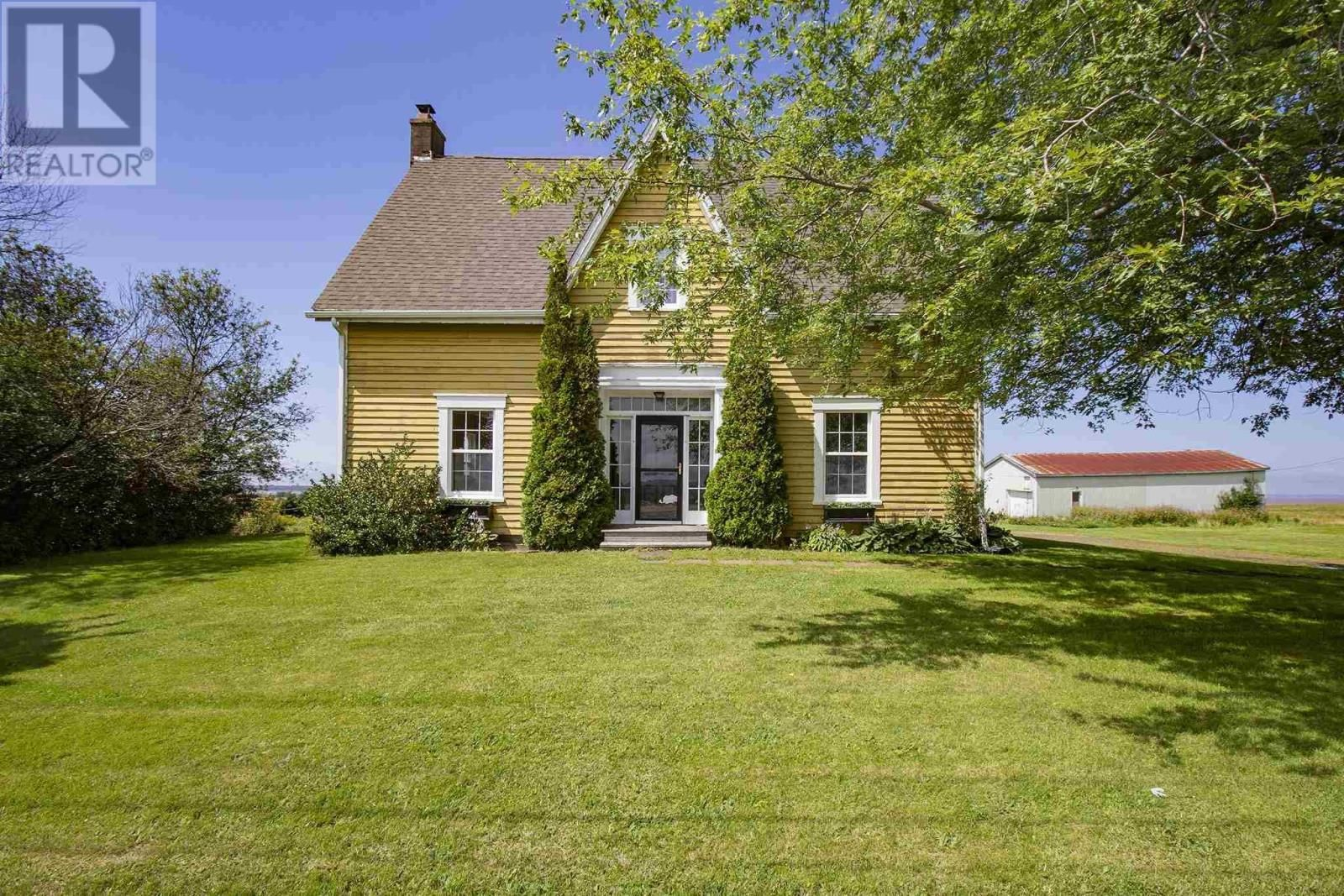 Main Photo: 669 Southampton Road in Amherst Point: House for sale : MLS®# 202121754