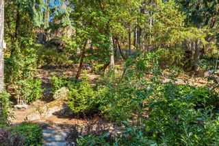 Photo 33: 2258 Trudie Terr in Langford: La Thetis Heights House for sale : MLS®# 884383