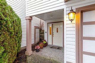 "Photo 2: 106 1232 JOHNSON Street in Coquitlam: Scott Creek Townhouse for sale in ""GREENHILL PLACE"" : MLS®# R2423367"