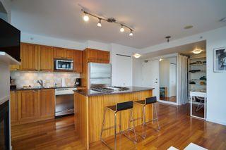Photo 9: 2101 1723 Alberni Street in The Park: Home for sale : MLS®# V1143322