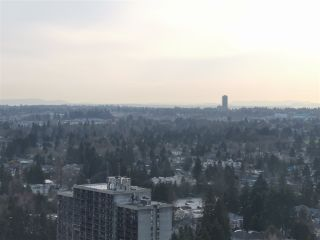 Photo 1: 3310 13688 100 Avenue in Surrey: Whalley Condo for sale (North Surrey)  : MLS®# R2546813