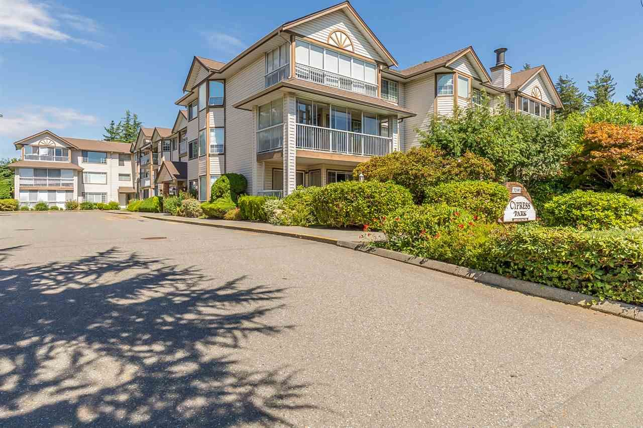 "Main Photo: 104 32145 OLD YALE Road in Abbotsford: Abbotsford West Condo for sale in ""CYPRESS PARK"" : MLS®# R2489267"