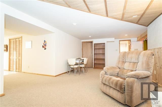 Photo 13: Photos: 476 Emerson Avenue in Winnipeg: Residential for sale (3G)  : MLS®# 1828027