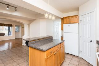 Photo 36: 318 Hudson Bend in Edmonton: Zone 27 House for sale : MLS®# E4238357