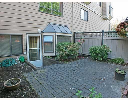 """Main Photo: 113 777 EIGHTH Street in New_Westminster: Uptown NW Condo for sale in """"MOODY GARDENS"""" (New Westminster)  : MLS®# V766138"""