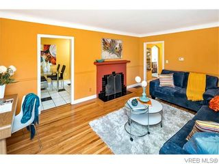Photo 3: 1150 McKenzie St in VICTORIA: Vi Fairfield West House for sale (Victoria)  : MLS®# 742453