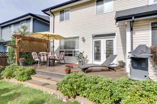 Photo 19: 18152 70A AVENUE in Surrey: Cloverdale BC House for sale (Cloverdale)  : MLS®# R2149572