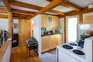 """Photo 33: 1540 WHITE SAILS Drive: Bowen Island House for sale in """"Tunstall Bay"""" : MLS®# R2613126"""