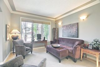 Photo 3: 17 Simcrest Manor SW in Calgary: Signal Hill Detached for sale : MLS®# A1128718
