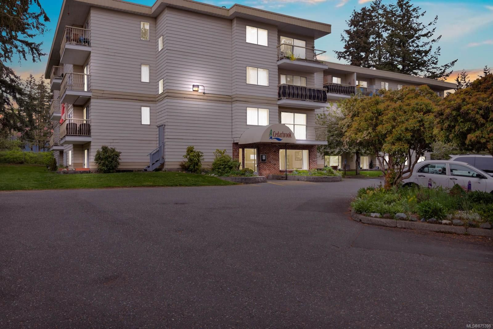 Main Photo: 106 322 Birch St in Campbell River: CR Campbell River South Condo for sale : MLS®# 875398