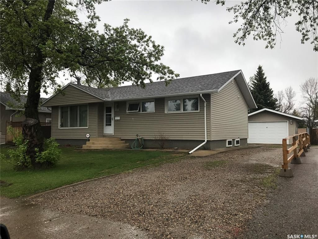 Main Photo: 313 26th Street West in Prince Albert: West Hill PA Residential for sale : MLS®# SK856132