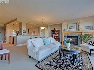 Photo 5: 401 5332 Sayward Hill in Saanich: Residential for sale : MLS®# 376512